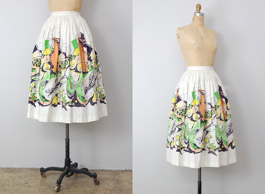 vintage 1950s skirt / vintage 50s skirt / circle skirt / retro novelty print skirt
