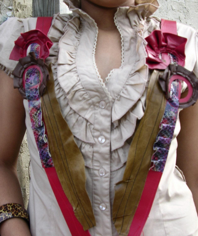 Ruffled Rings Suspender