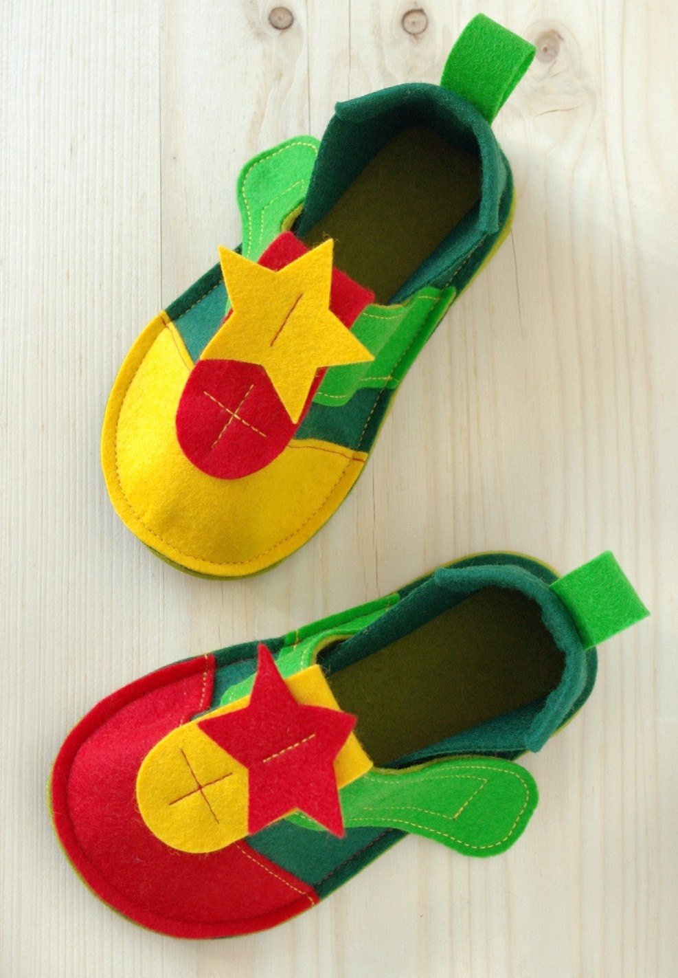 Toddler shoes Peppi Color - multi colored toddler booties with non slip soles - pure wool felt toddler slippers