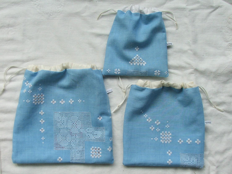vintage swedish linen- set of 3 drawstring cases