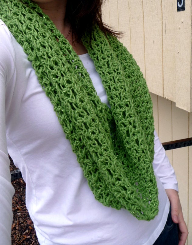 Green Sparkly Lacey Circle Scarf