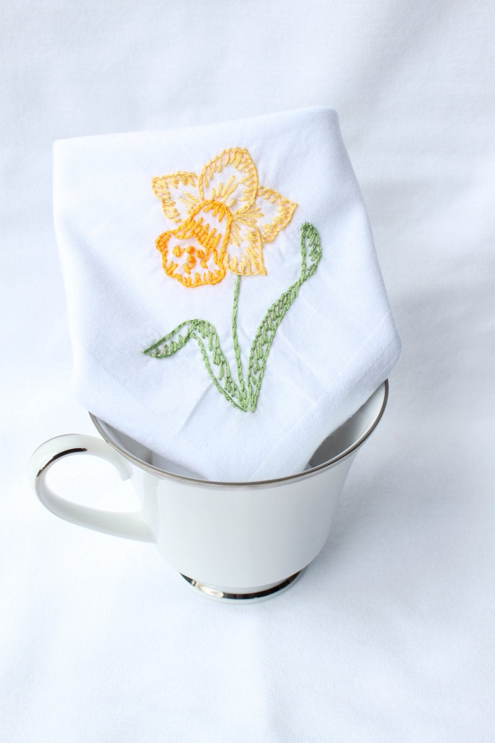 Yellow Daffodil Hand Embroidered Handkerchief - veryprettythings