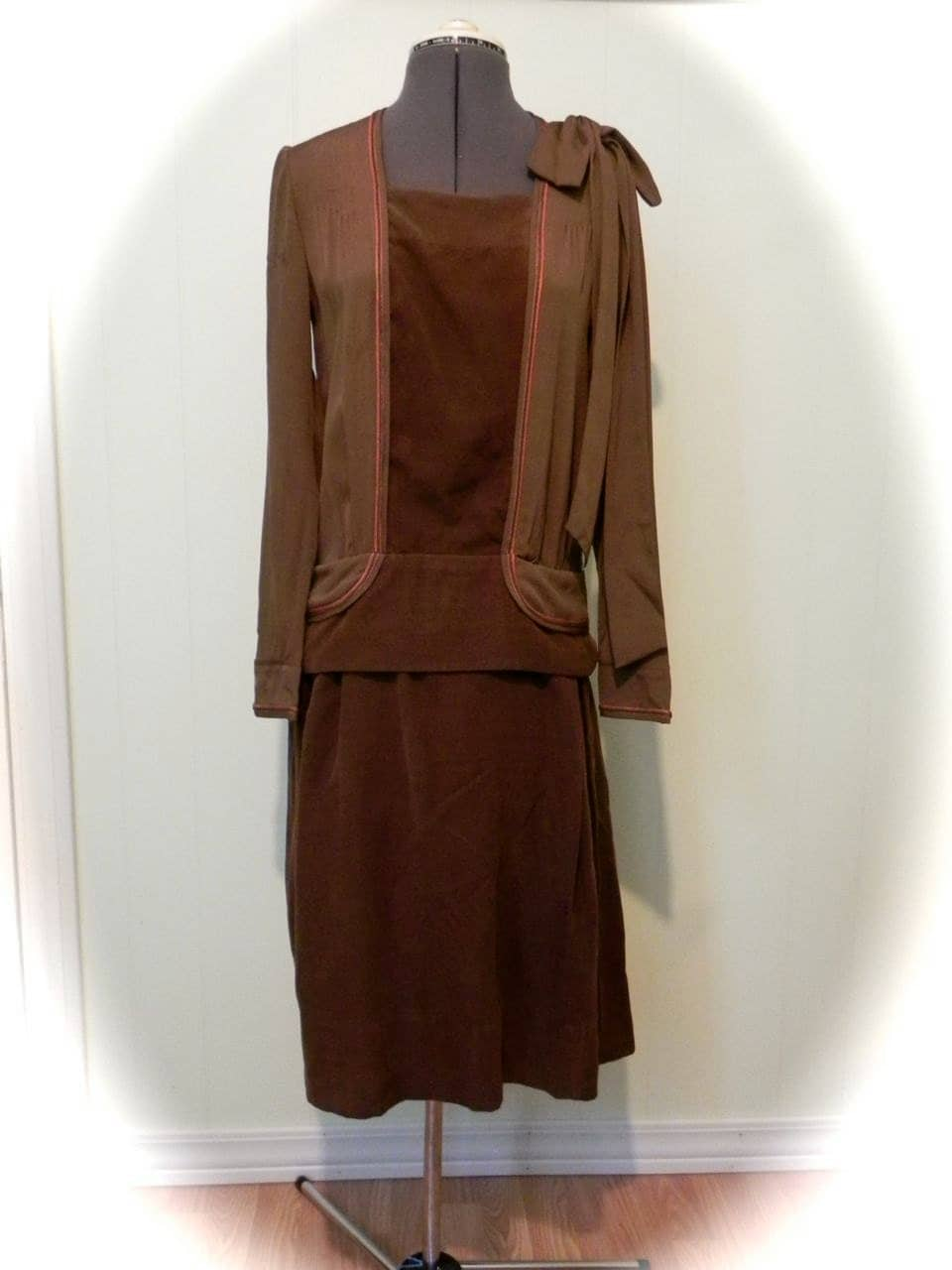 Gorgeous Rare Antique Vintage 1920s chocolate Flapper  Dress M On Sale - maybel57