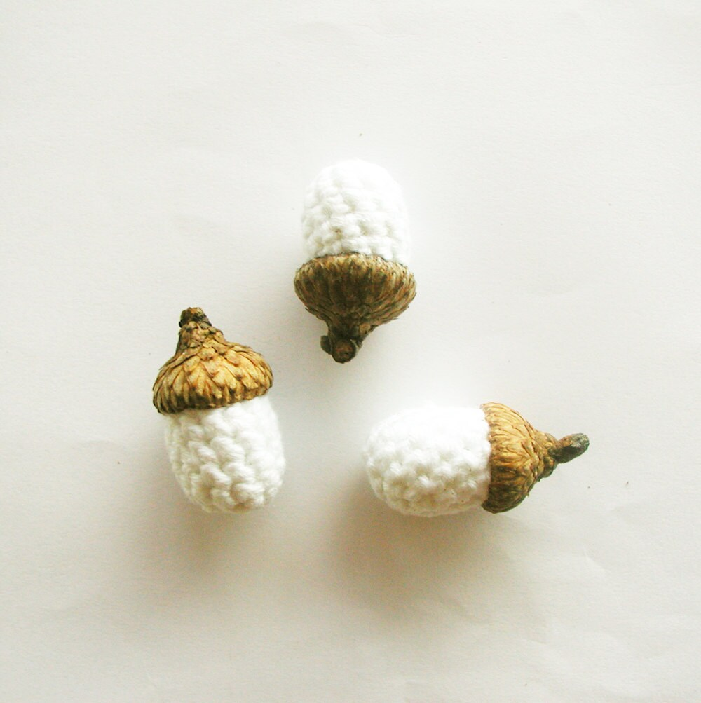 Crochet Acorns - White
