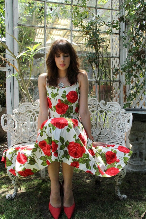 Items similar to vintage 1950s garden tea party dress 50s roses dress vintage clothes by for What to wear to a garden party