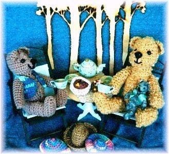 Ravelry: Crochet Thread Teddy Bears pattern by Berta Hesen
