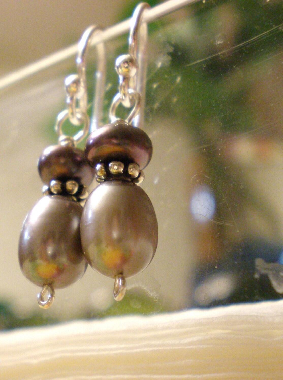 SALE Ipu Heke -Peacock Freshwater Pearl Earrings