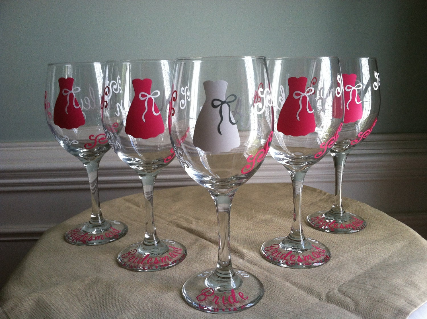 5 Personalized Bridesmaid Wine Glasses