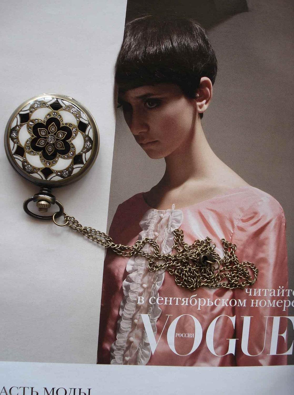 20% HOLIDAY SALE Necklace Pendant Bronze Antique Pocket Watch Quartz Gift Chain E208