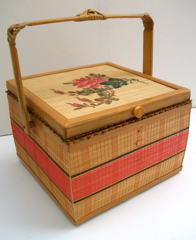 Vintage Sewing Basket with Embroidery Kit - folkcity