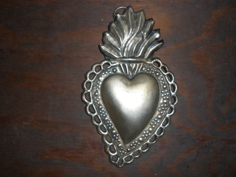 Lovely embossed French sacred heart
