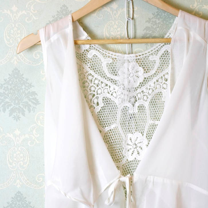 Romantic fall embroidery back drape collar sleeveless chiffon blouse jacket cape ivory cream layering night gown - miadressshop