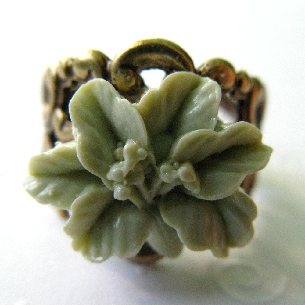 Sage Green Lily Adjustable Ring