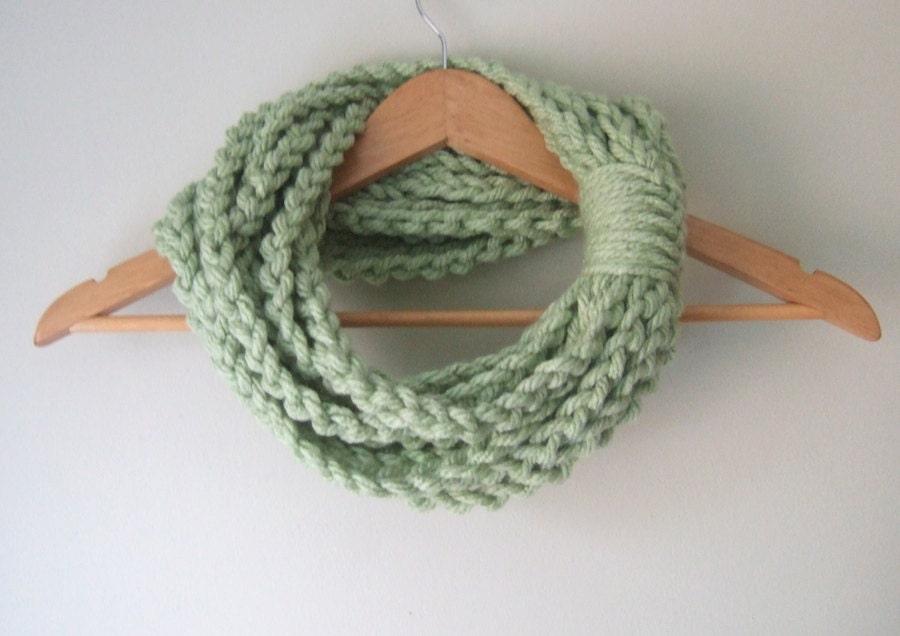 Mint Chain Scarf .. Mint Infinity Scarf .. Mint Green Scarf .. Eternity Scarf .. Green Scarf Necklace .. Light Green Scarf .. Green Cowl - DottieQ