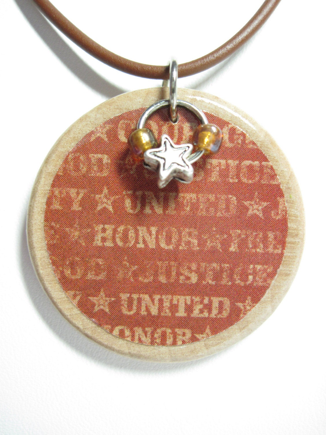 Unisex Americana Patriotic Wood Disc Necklace