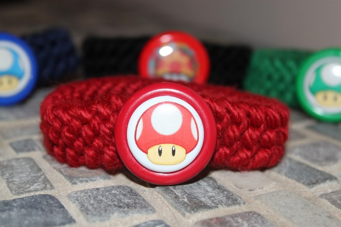 Mario Red Super Mushroom Kitty Collar
