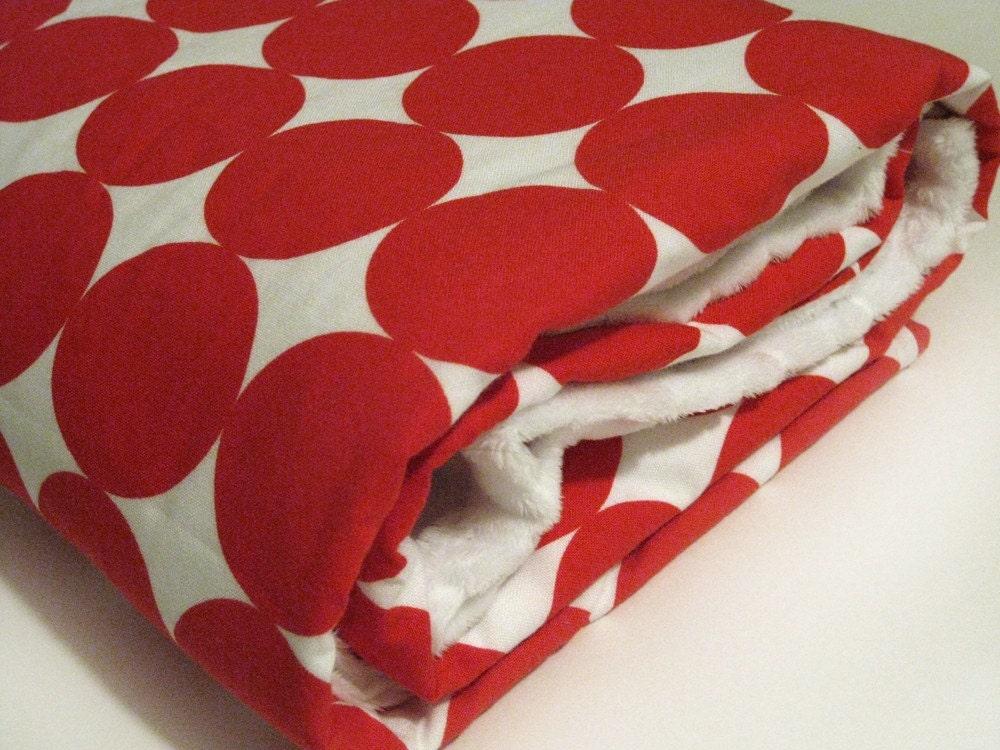 Minky Baby Blanket / Cherry Dot