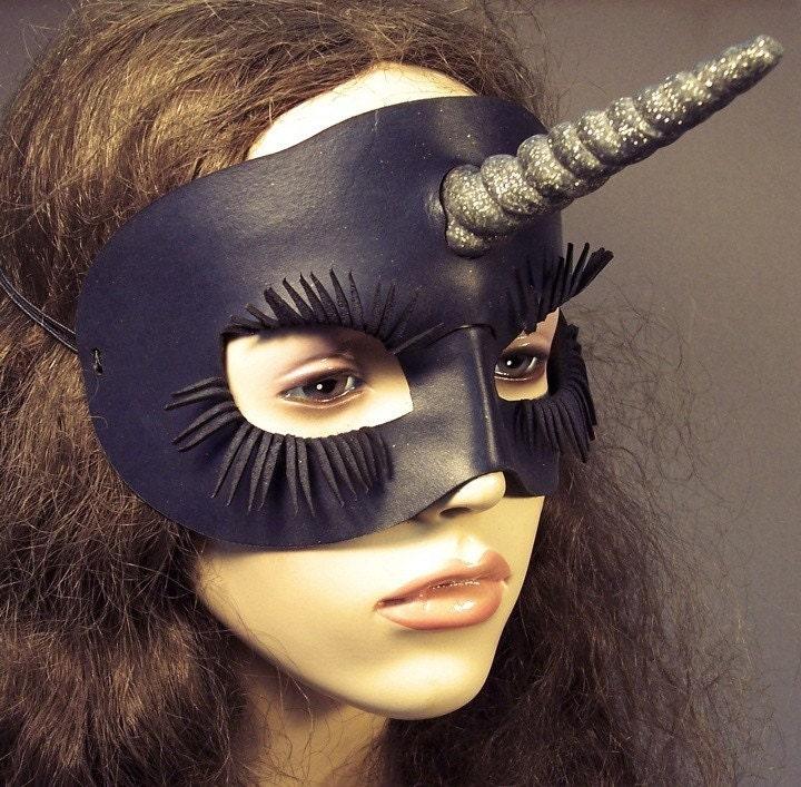 Unicorn leather mask in black
