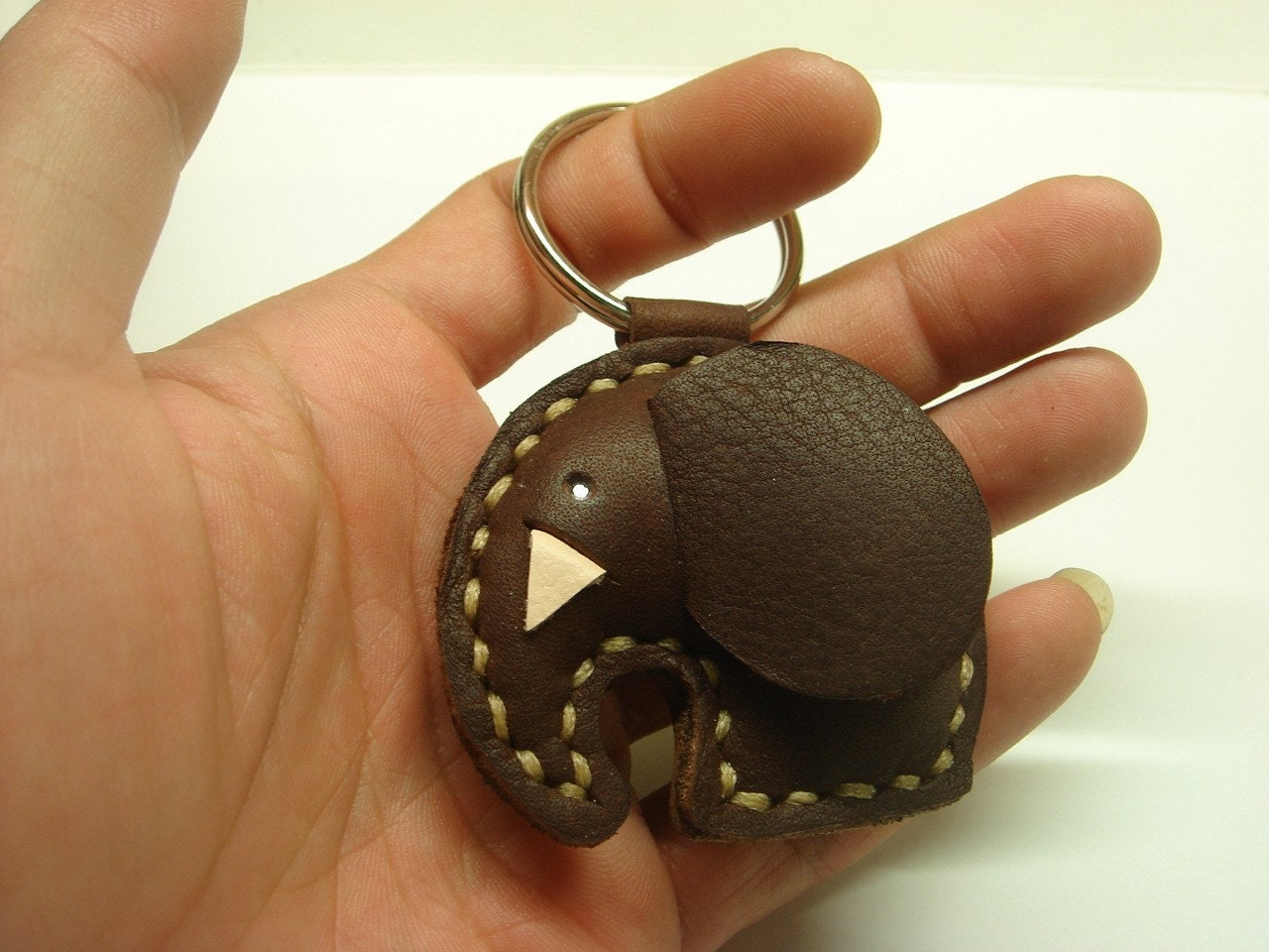 Laura the Elephant Thick Leather Keychain ( brown )