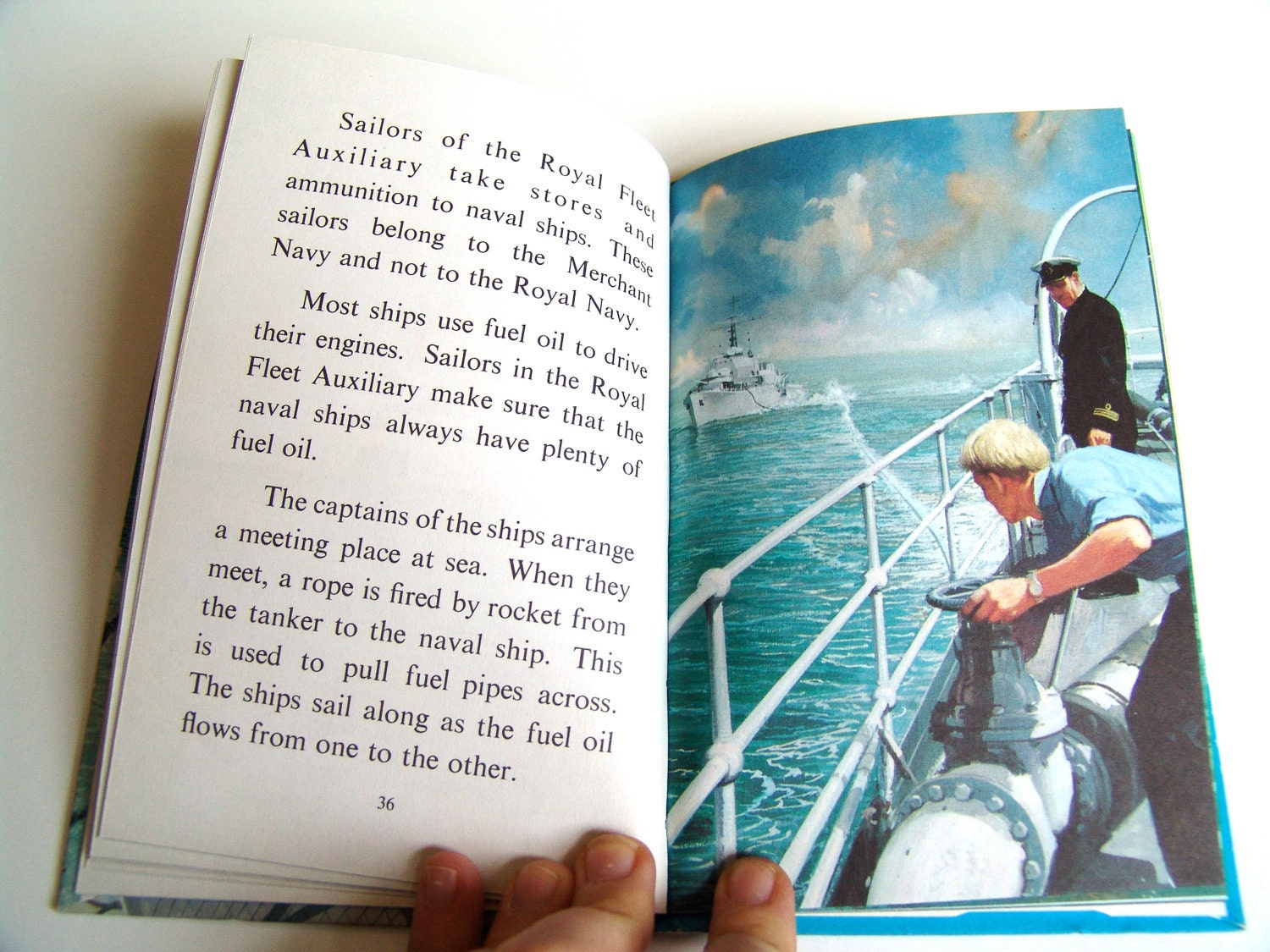 People at Work - The Sailor - A Ladybird Easy Reading Book