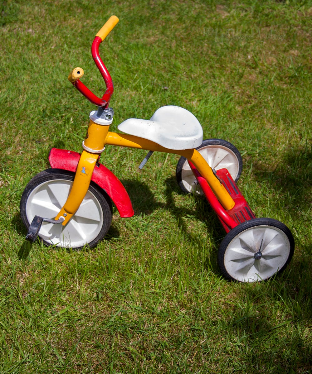 Vintage Original 1980s RALEIGH Childrens Tricycle Red  Yellow