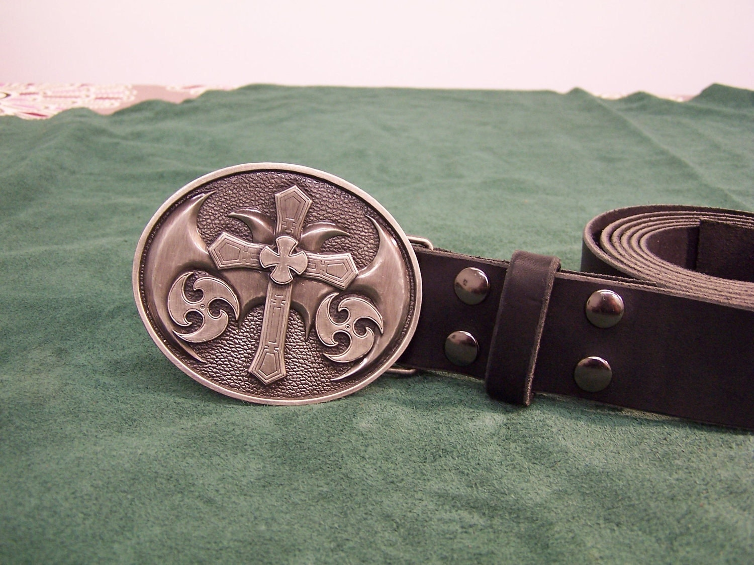 handmade leather belt w templar trophy buckle by