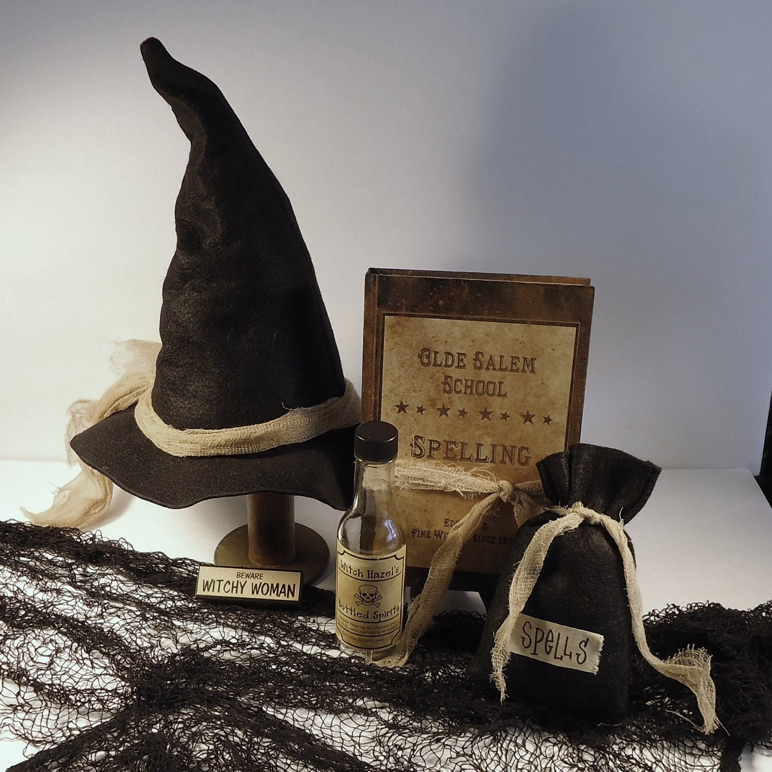 Halloween Decor - Wonderfully Witchy Items