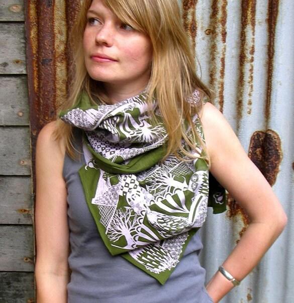 green owl scarf