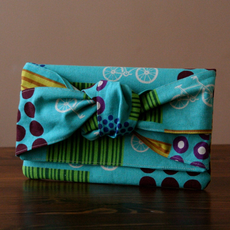 how to make a square clutch