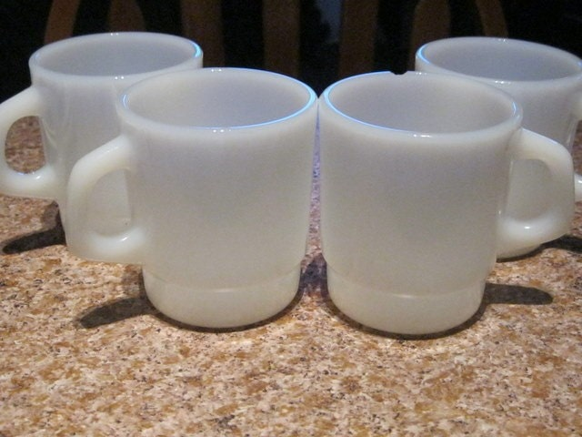 4 Vintage White Termocrisa Milk Glass Cups - Number 13