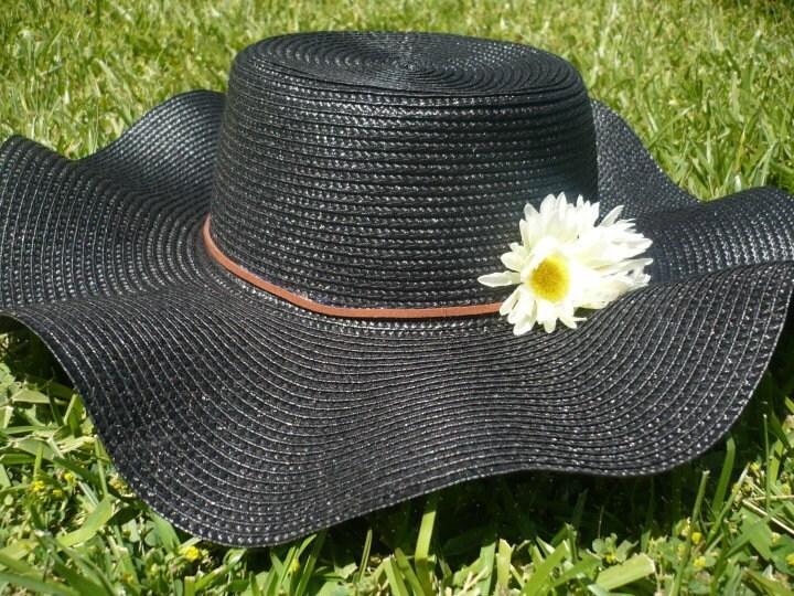 Black Floppy Daisy Hat