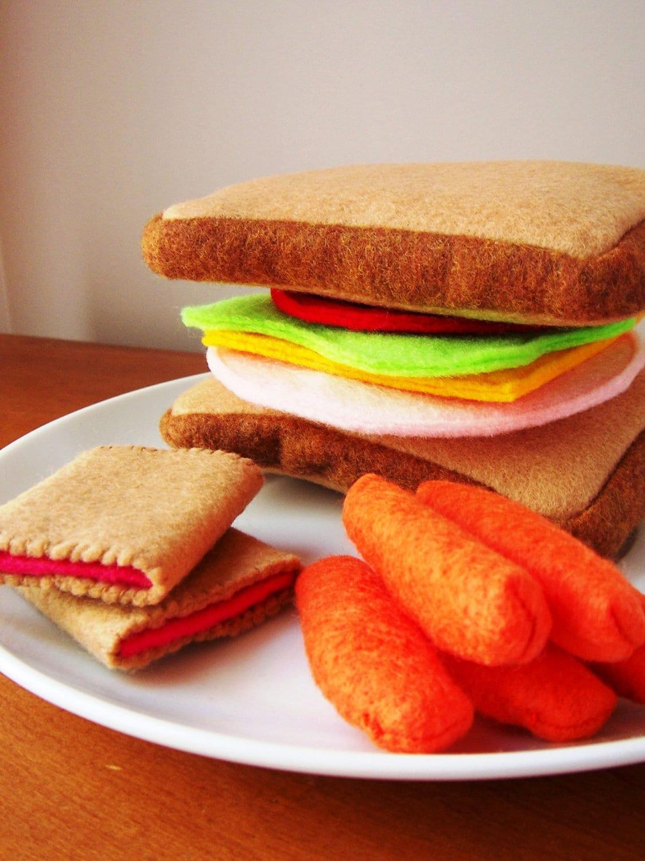 Felt Food Sandwich Eco Friendly Pretend Play Food Set for Childrens Toy Kitchen - Ham, Cheese, Lettuce, Tomato, Carrots, Cookies, PLUS PB&J