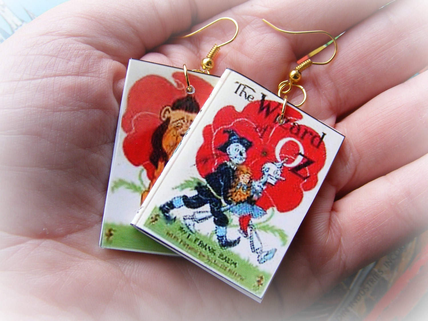 Earrings or Necklace Wizard of Oz Miniature Books