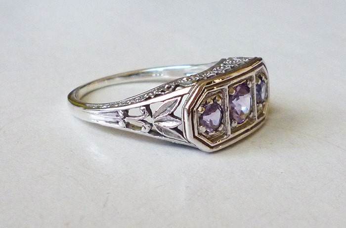 Gorgeous 3 Stone Amethyst Ring Antique in Sterling Silver Size 7 // Filigree Precious Gemstone Victorian Art Deco - LaPlumeNoir