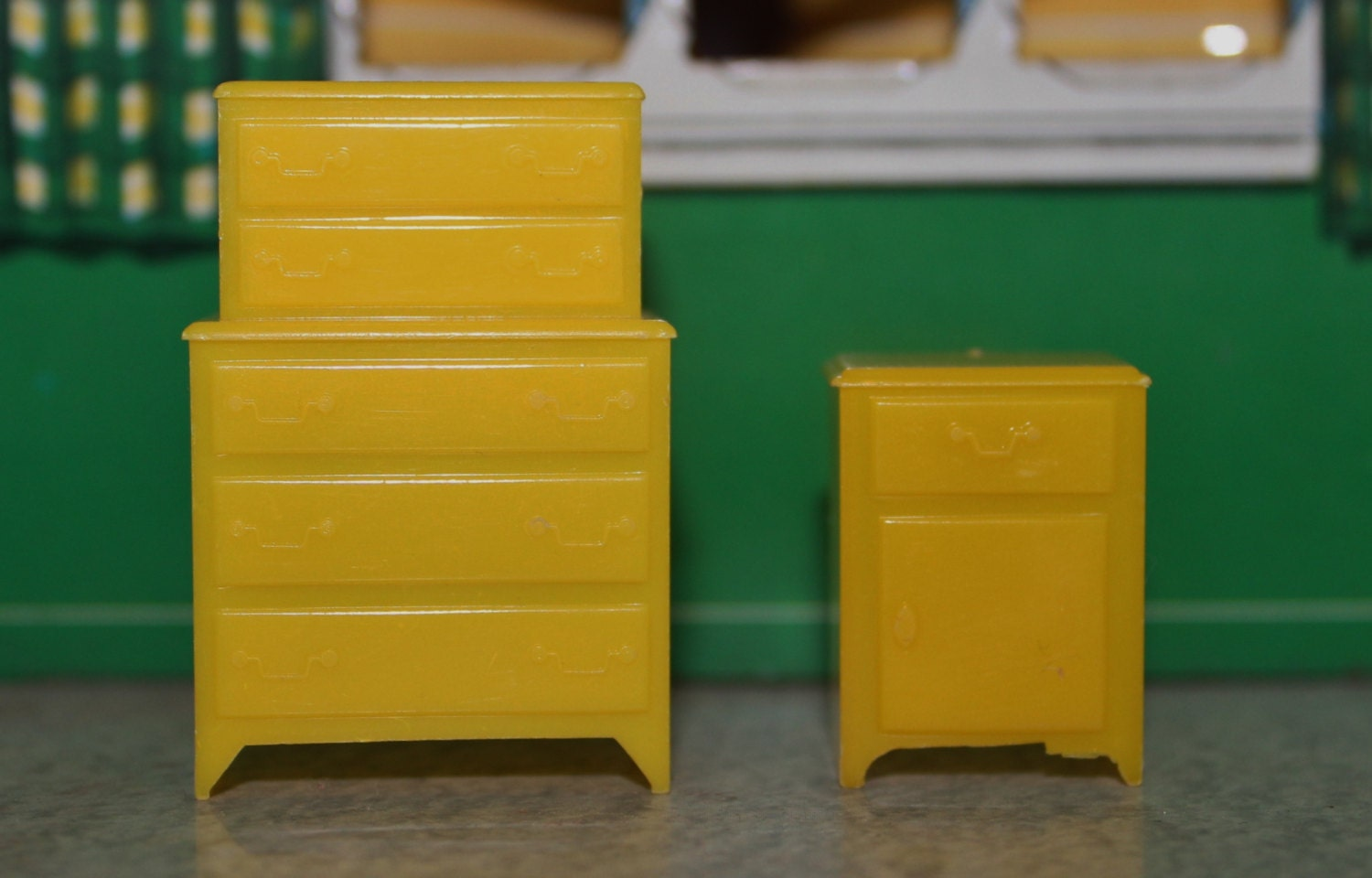 Dollhouse furniture bedroom hard plastic marx by prettydish Plastic bedroom furniture