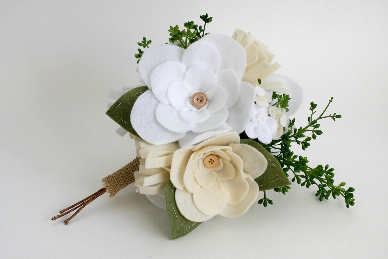 Personalizado Bouquet-Sweet irrisório-flores de feltro botões fio enrolado casca e ramos verdes
