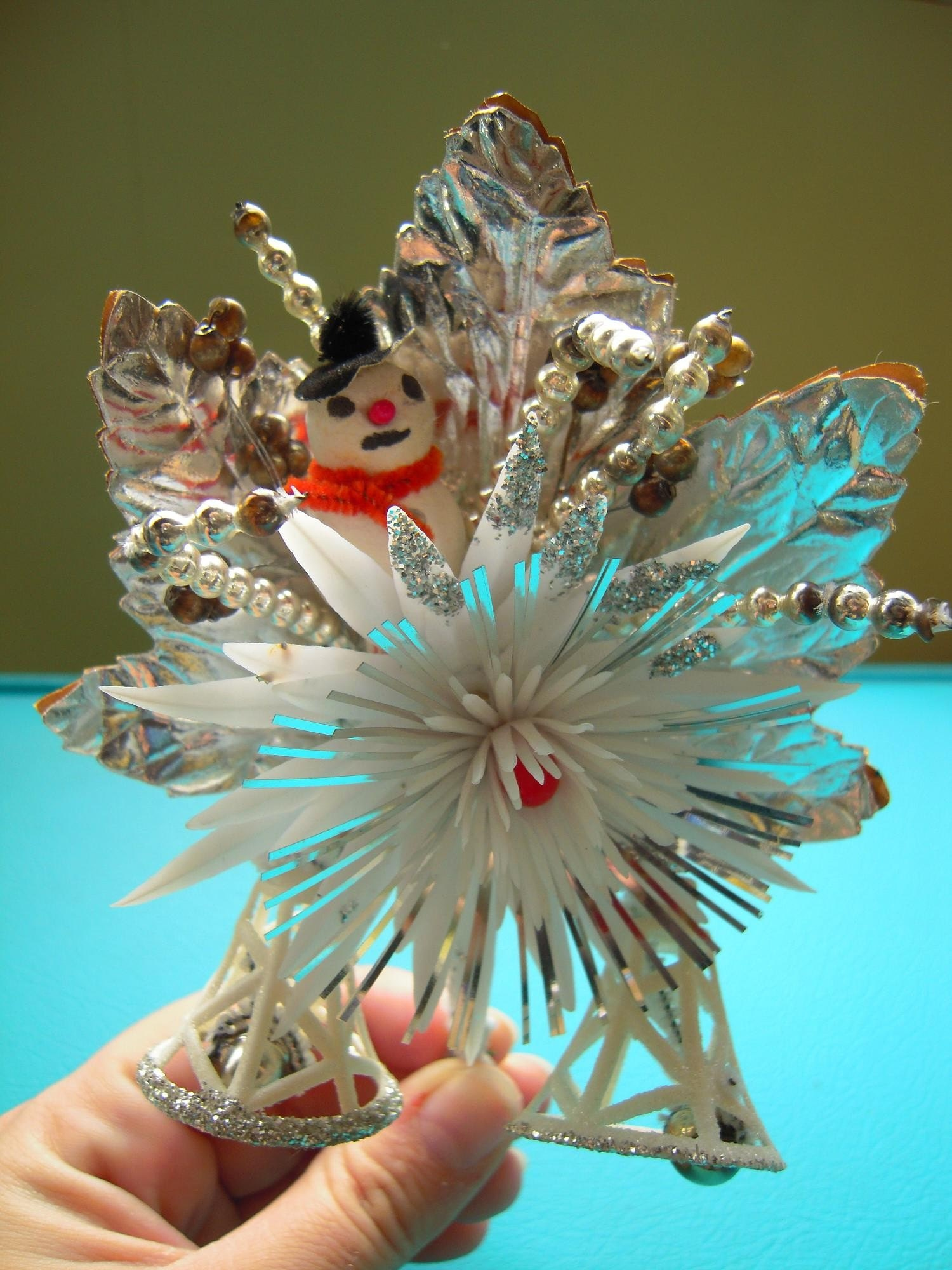 Gorgeous vintage silvery snowman corsage! Wouldnt it be great on a holiday dress or coat!