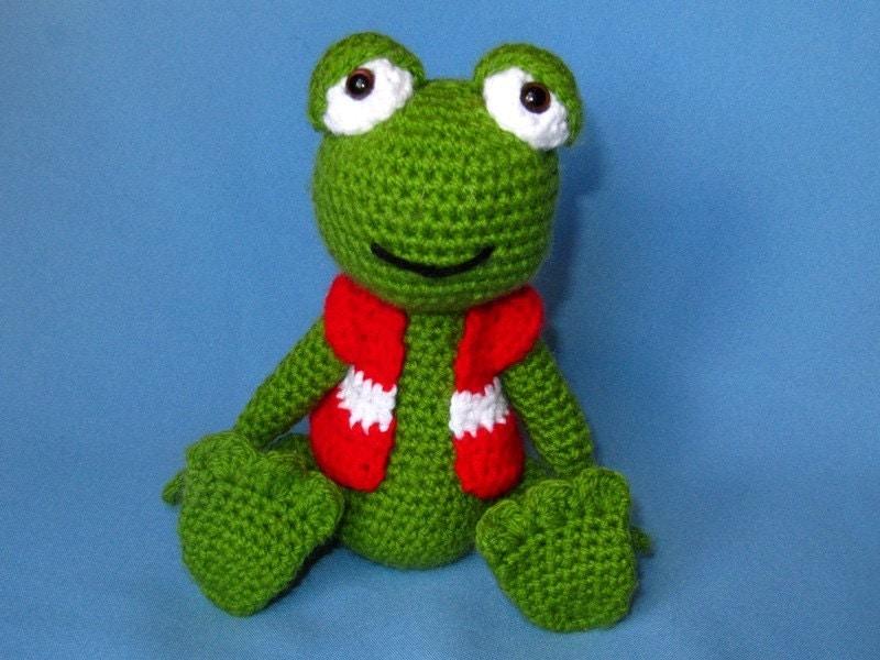Amigurumi Frog Pattern : My Friend Frog Hugo Amigurumi Crochet Pattern / by DioneDesign