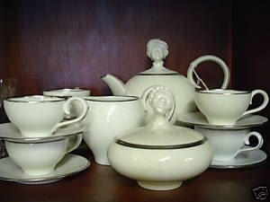 Augarten Exotic Heads Platinum Demitasse 17 Piece Set