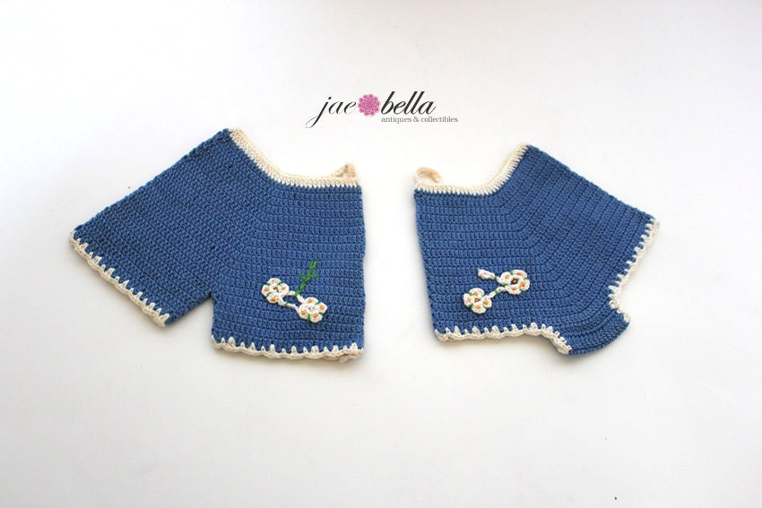 Pair of 50s Boy and Girl Swim Trunks Pot Holder Decor - Blue and Cream - Hand Crochet - TOO CUTE - JaeBellaAntiques