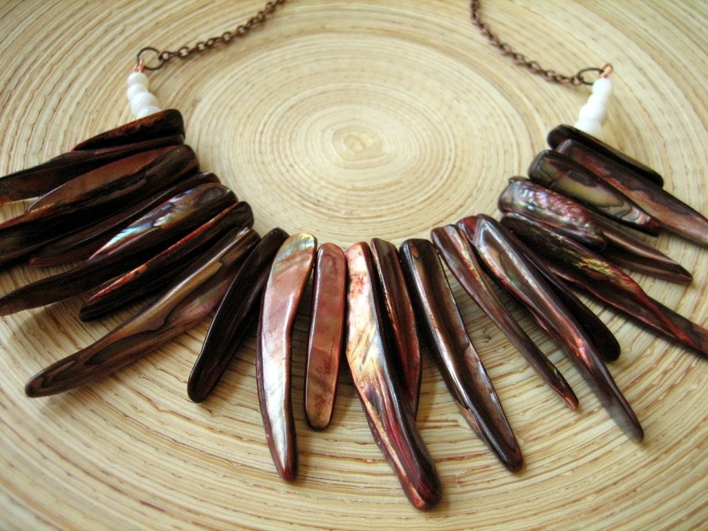 Summer Nights Tribal Necklace Statement Shell Copper Rich Brown Rust Red Caramel White Bohemian