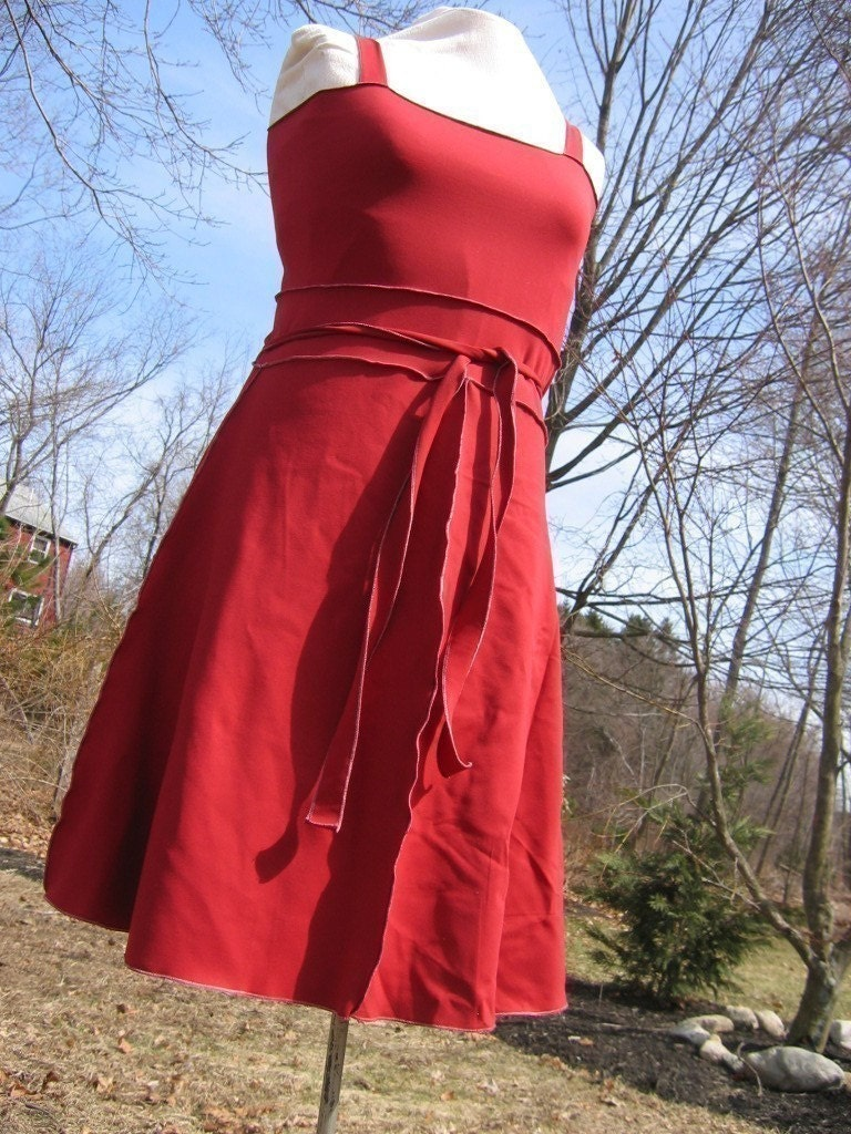 Cleo loves rio, in red dress small 4 to 6