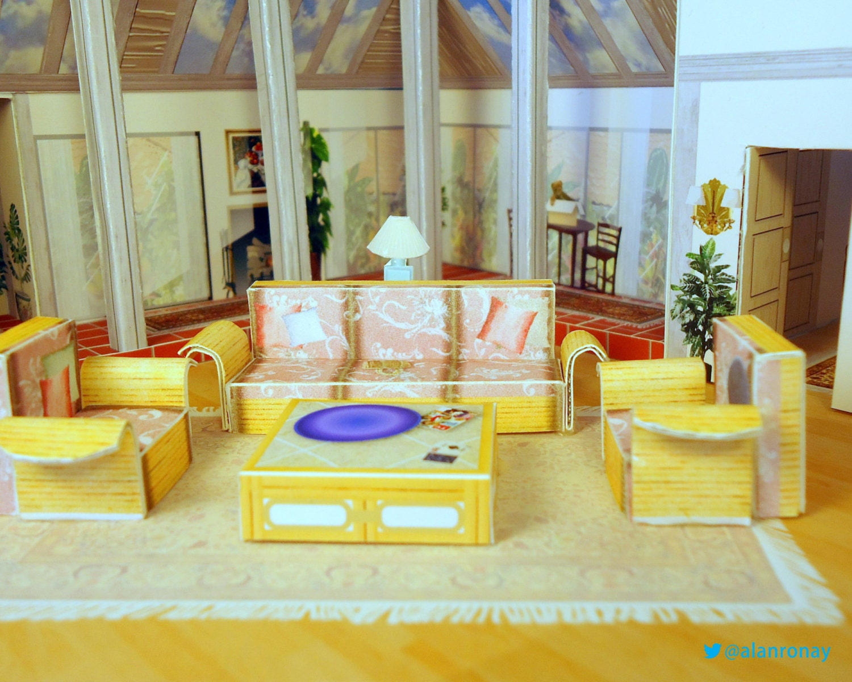 Diy Golden Girls Living Room Papercraft By Everydayminiatures