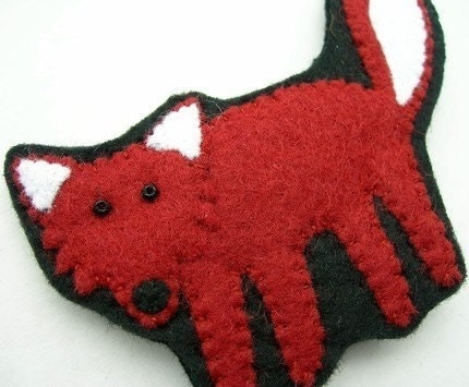 Fox, felt brooch