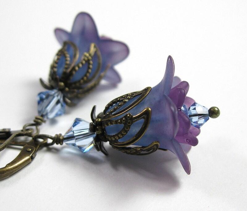 LIght Sapphire Swarovski, Lucite Flower Earrings