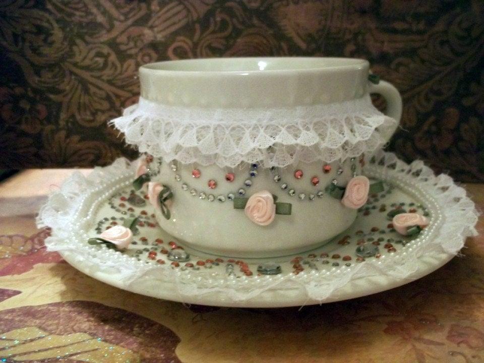 AA deco tea cup