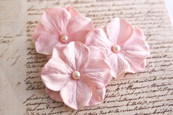 Light Blush Pink Flower Hair Clips (3pcs) Wedding Hair Flowers Floral Bridal Hair Accessories Hydrangea Pearls Bridesmaids Romantic