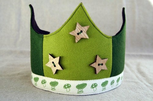 Wool Felt Crown - stars and frogs
