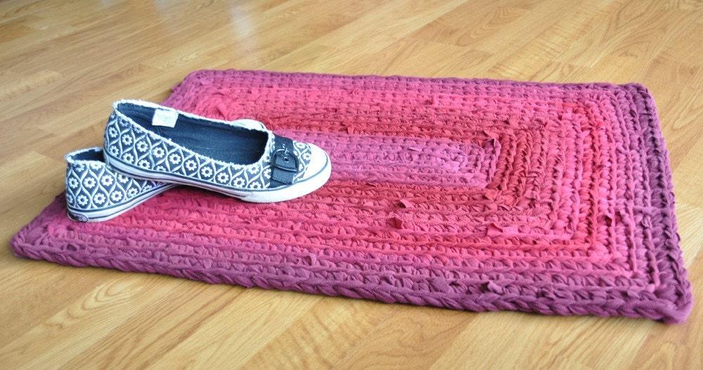 Ekra rubi profundo Crochet retângulo vermelho Upcycled tapete de área