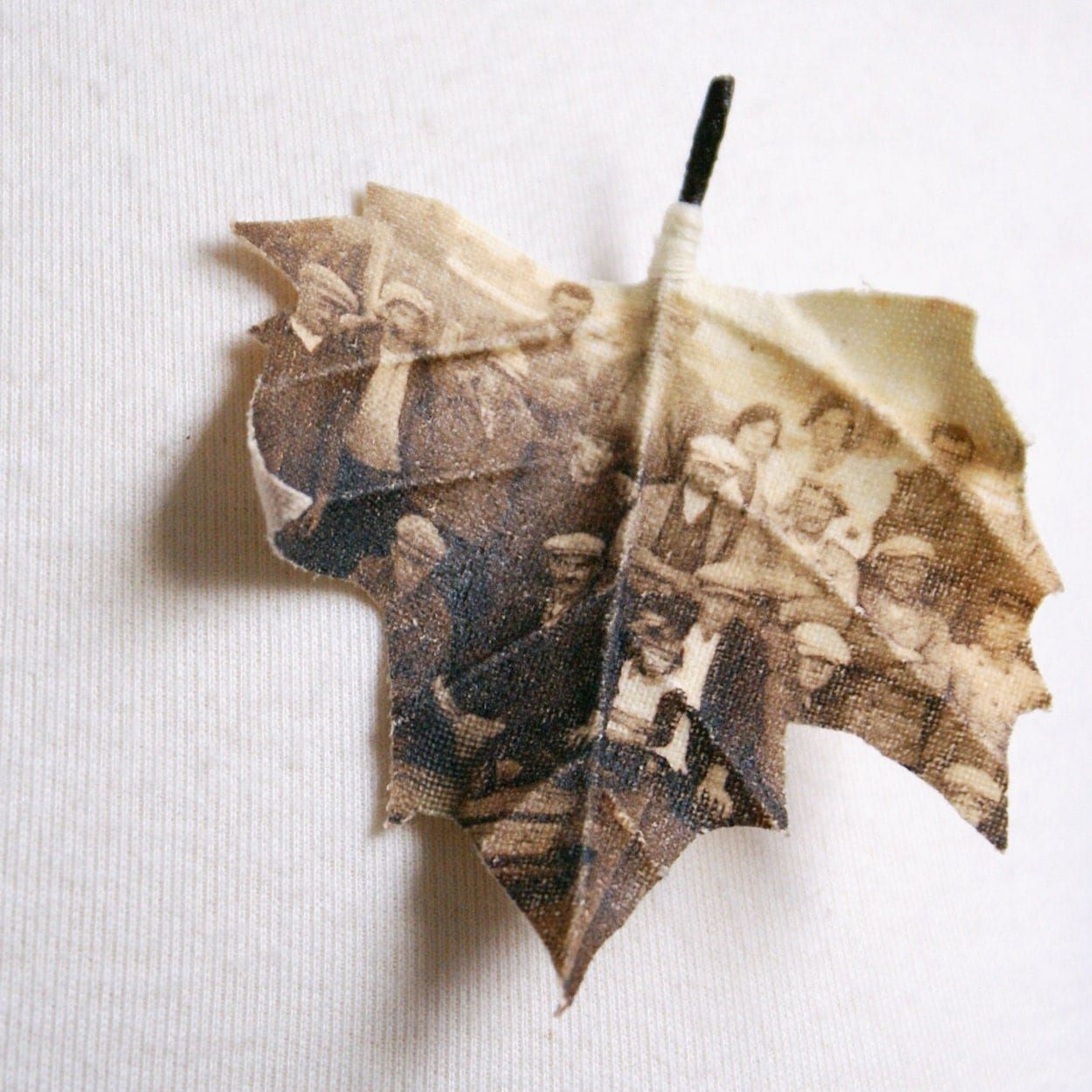Custom made maple leaf brooch printed with your photograph - PuurAnders